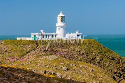 Papiers peints Strumble Head et le phare de 1908 sur la côte du Pembrokeshire
