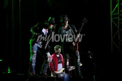 Guns n 'roses joue au exit 2012 music festival