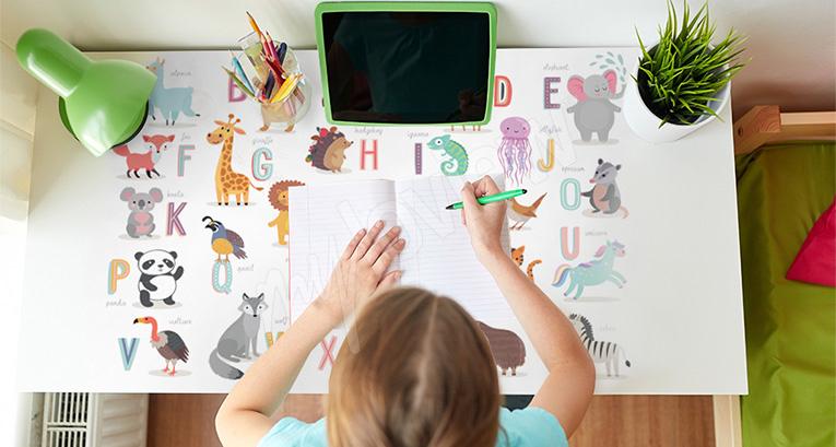 Une chambre d'enfant ou d'adolescent idéale pour étudier ? Découvrez comment l'aménager !
