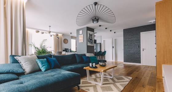 Comment aménager un grand salon ? Conseils et inspirations en matière de décoration d'intérieur !