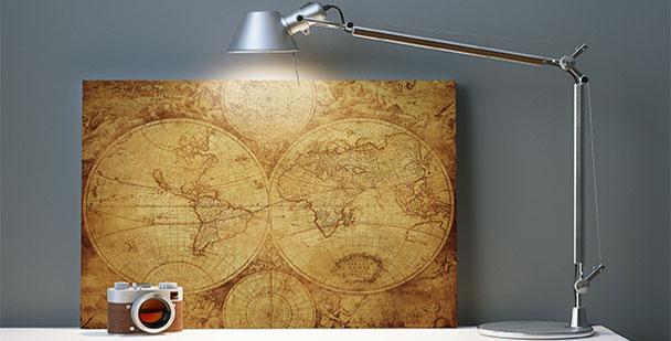 Image avec une carte du monde vintage