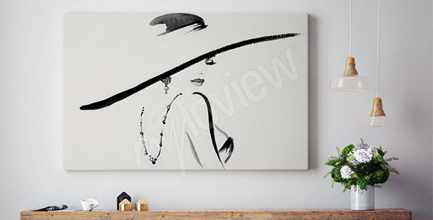 Image femme qui porte un chapeau