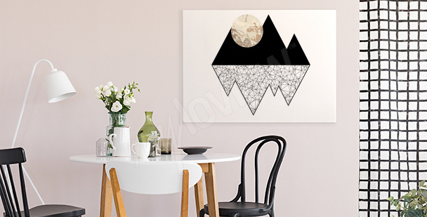 Image lune dans les montagnes