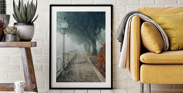 Poster parc dans le brouillard